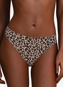 CHANTELLE SOFT STRETCH THONG IN LEOPARD