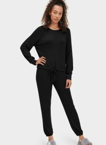 UGG GABLE SET LONG SLEEVE CREW AND JOGGER SET IN BLACK
