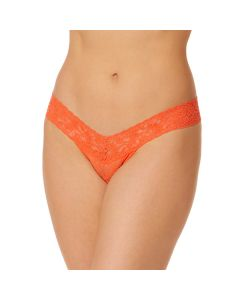 HANKY PANKY SIGNATURE LACE LOW RISE THONG IN CLEMENTINE