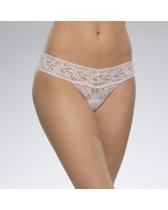 HANKY PANKY SIGNATURE LACE LOW RISE THONG IN BLISS