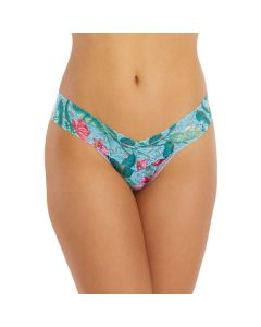 HANKY PANKY SIGNATURE LACE LOW RISE THONG IN MOON FLOWER
